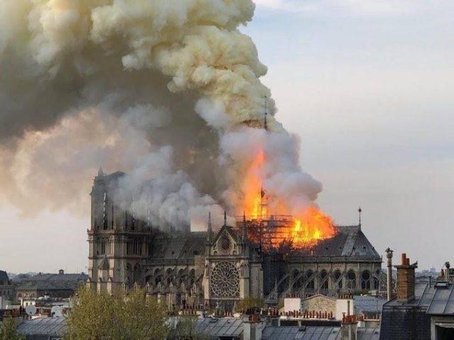 Notre Dame de Paris, des siècles pour s'imposer dans l'imaginaire collectif